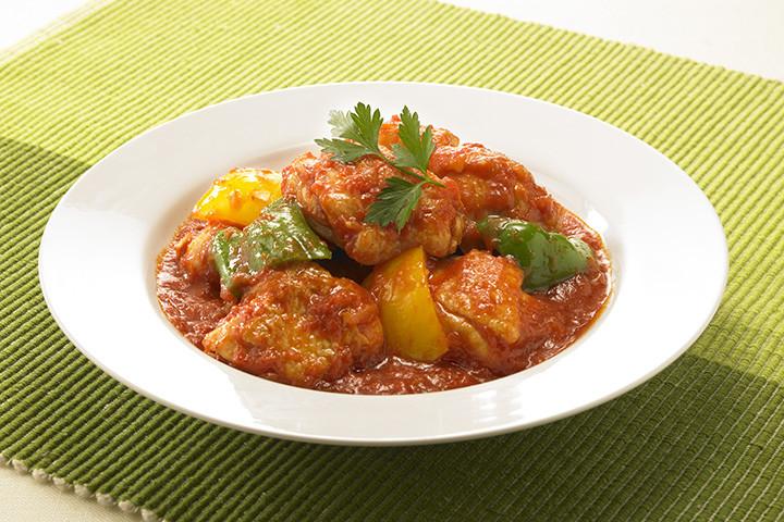 フライパンで10分!鶏肉のトマト煮